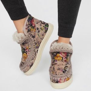 Mou Mini Eskimo Sneaker size 39